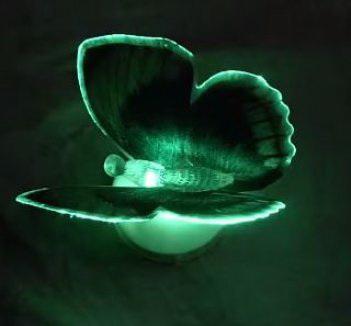 Светодиодная бабочка зеленая