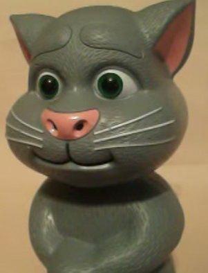 Интерактивная игрушка кот том