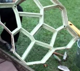 Пластиковая форма для садовой дорожки