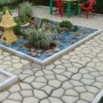 Пластиковая форма для заливки садовых дорожек