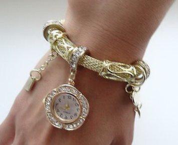Часы-браслет в стиле пандора