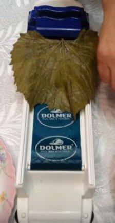Прибор для завертывания Долмер