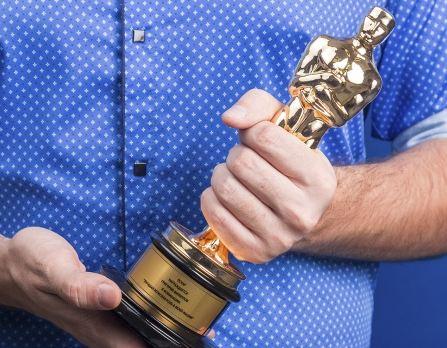 Оскар с гравировкой заказать