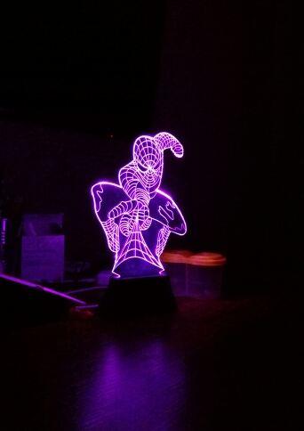 3D светильник в темноте