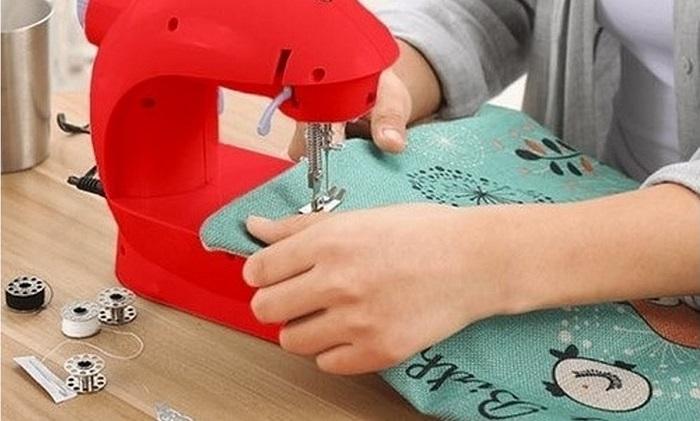 Швейная машинка помощница